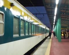 光州駅構内にて発車を待つ木浦行き統一号1563列車・2004年2月25日撮影
