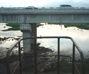 旧光州線・旧長山駅付近(柳山橋)